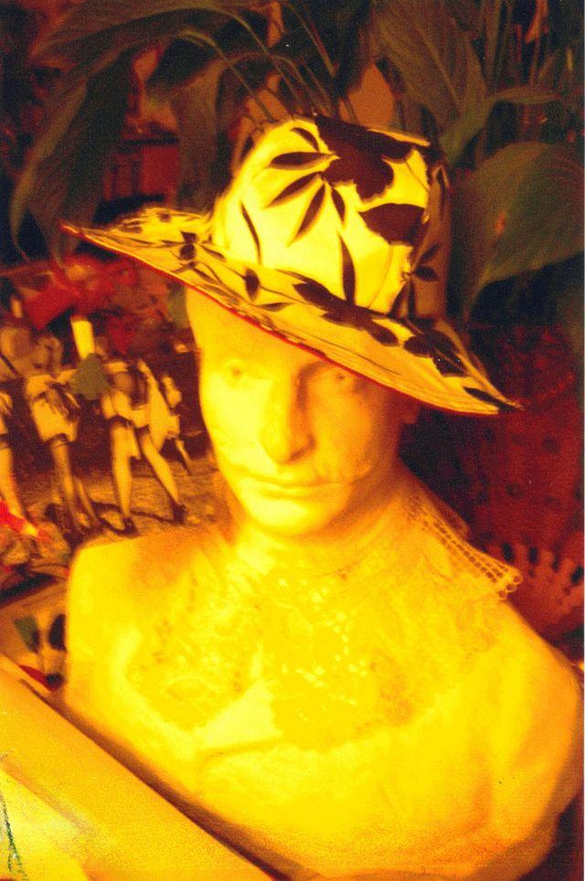 chapeau Ladies à Versailles